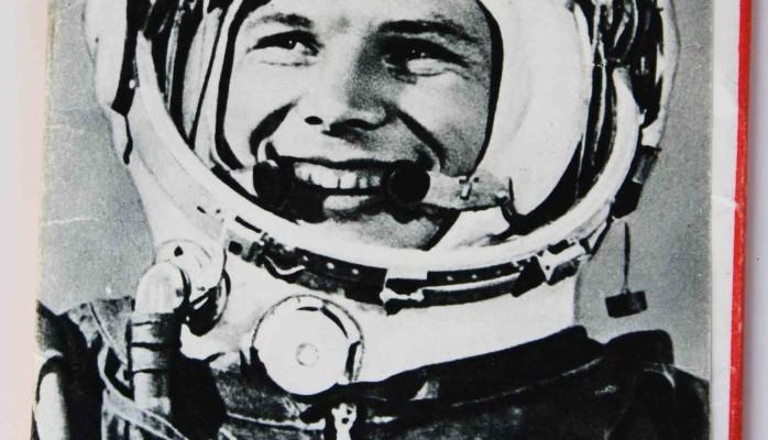 Yuri Gagarin Postcard Set